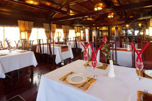 Hanoi & Halong Tour With Aclass Cruise